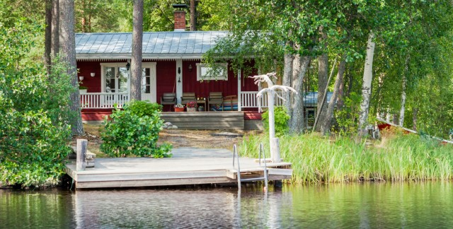 Tips for buying a cottage in Canada