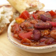 Dinner-ready meaty and flavourful 3-bean chili