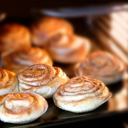 Decadent desserts: homemade cinnamon roll recipe
