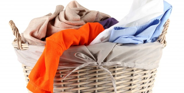 8 easy tricks to beat common laundry problems