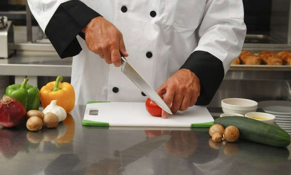 Enhance your cooking chops with the right kitchen knives