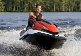 5 common jet ski injuries to watch out for