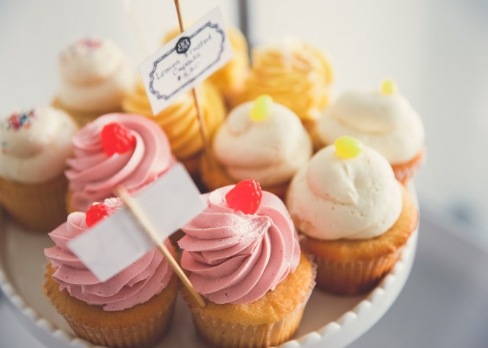 Bobbette & Belle has the cutest cupcakes you ever did see.