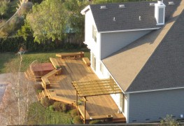 How to maintain your deck for all seasons