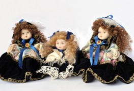 Handy hints for washing dolls and their clothes