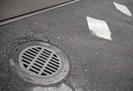 5 steps to5 steps to fix a flooded manhole drain