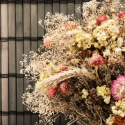 Create beautiful dry flowers to decorate your home
