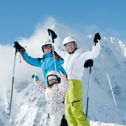 8 features to look for when buying ski gear