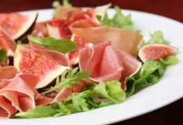 2 European salads for warm summer evenings