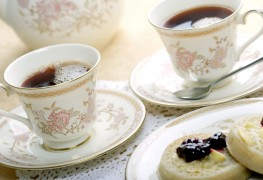 Workable tips for washing fine china