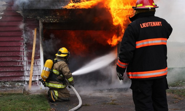 What to do to detect and deal with fire