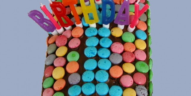 Baby's first birthday: tips for hosting a first birthday party