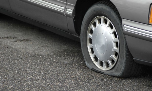 Easy ways to prevent or fix a flat tire