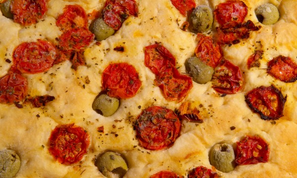 Italian bread recipe: homemade focaccia
