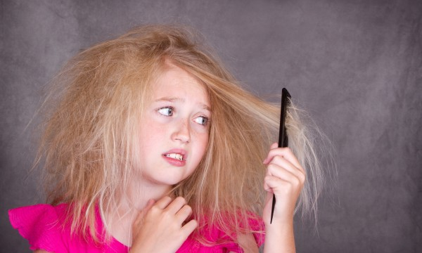 6 tips to keep hair from getting frizzy