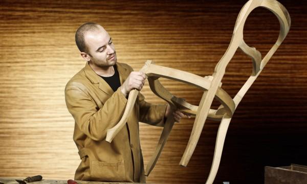 Natural tips for reviving wood or metal furniture