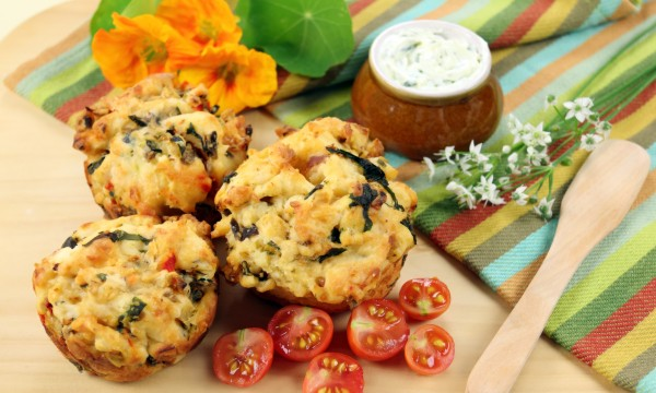 Savoury side dish: garlic bread muffins