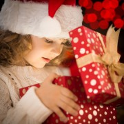 4 wrapping tips for Christmas gifts