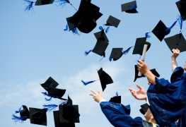 10 motivational pieces of advice for all college graduates