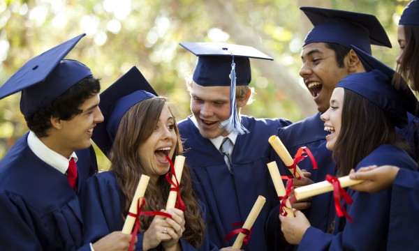 Celebration tips for a graduation party