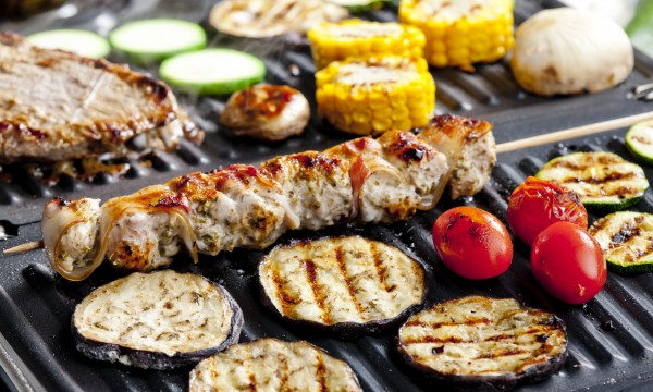 Easy tips for cleaning an electric grill