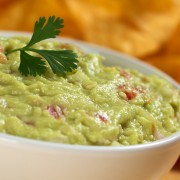 2 dashing dips: guacamole with a kick and hot crab