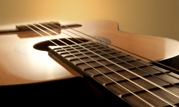 What to look for when fixing stringed instruments