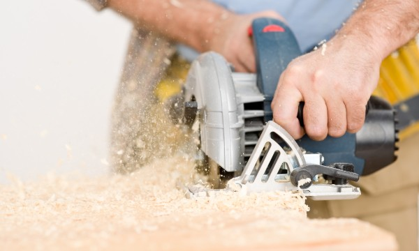 7 ways to maintain your home workshop