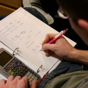 How parents can help students manage their homework