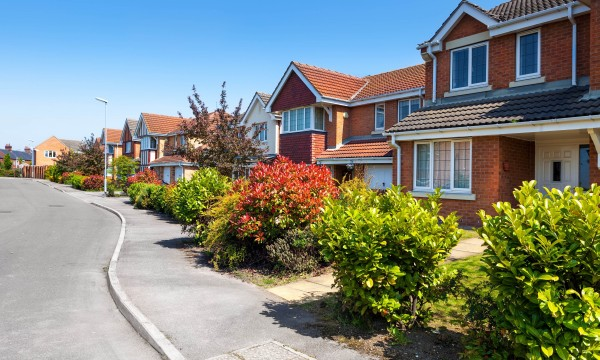 The differences between semi-detached and detached homes