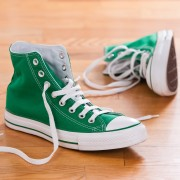 How to wash sneakers and leather shoes