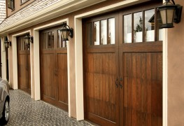 The pros and cons of wooden garage doors