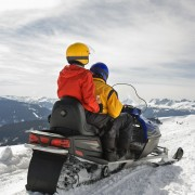 Want to sell your snowmobile? Read these tips first