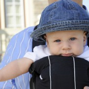 Practical tips for choosing a baby carrier