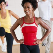 What to know about aerobics classes for women