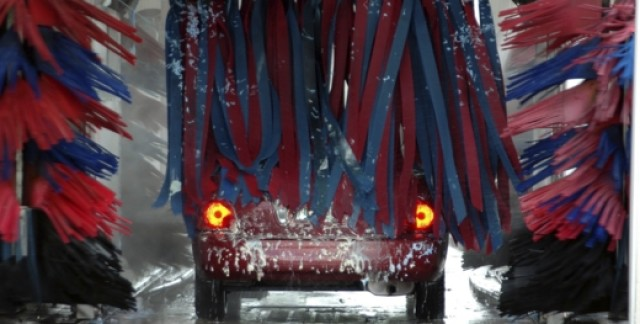 The pros and cons of the different types of car washes