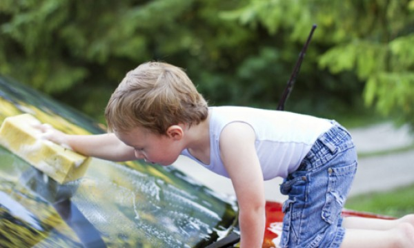 4 eco-friendly tips for washing your car