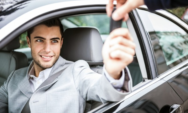 The pros and cons of long-term car rental