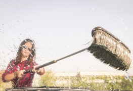 Get the most out of self-serve car washes using these simple tips