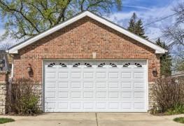 Choosing a garage-door material