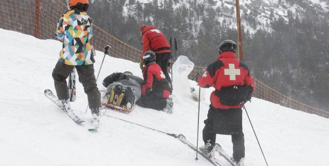 Certified advice on joining a ski-patrol team