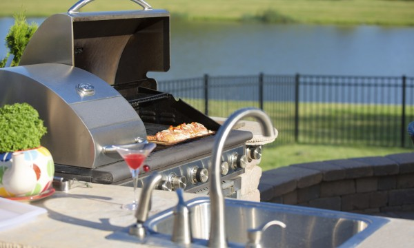 Why stainless steel makes the perfect outdoor kitchen