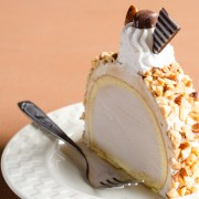 Company's coming: make peanut butter ice cream cake