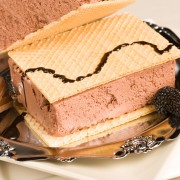 2 crowd-pleasing ice cream desserts