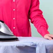 Tips for cleaning your clothing iron