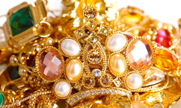 Top tips to keep your jewellery looking great
