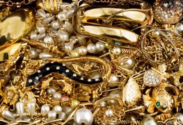 Top homemade tips for cleaning your jewelry
