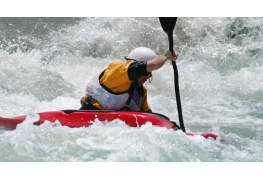 How to deal with a capsized kayak like a pro