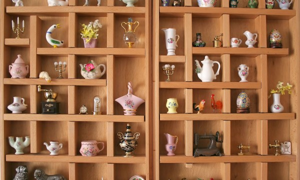 4 quick tips for cleaning knick knacks