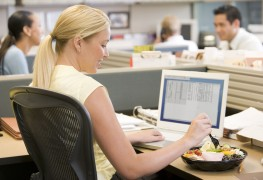 Lunch at work: how to avoid the midday dip
